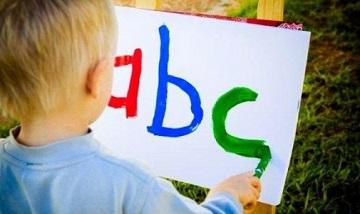 Младенцы запоминают родной язык в первые 5 месяцев