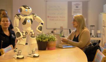 Финский робот-помощник